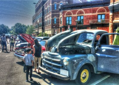 Old Town Car Show - Roxanne Tonemapped 1920x1080